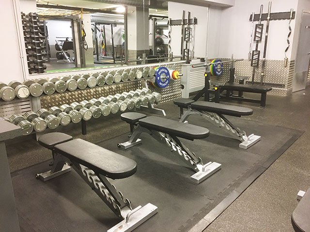DumbbellBenches640Web